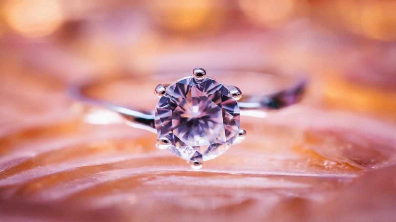 Методы крепления бриллиантов